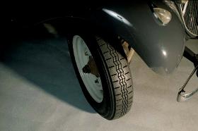 citroen traction avant citroen pneu voiture collection pneus collection longstone. Black Bedroom Furniture Sets. Home Design Ideas